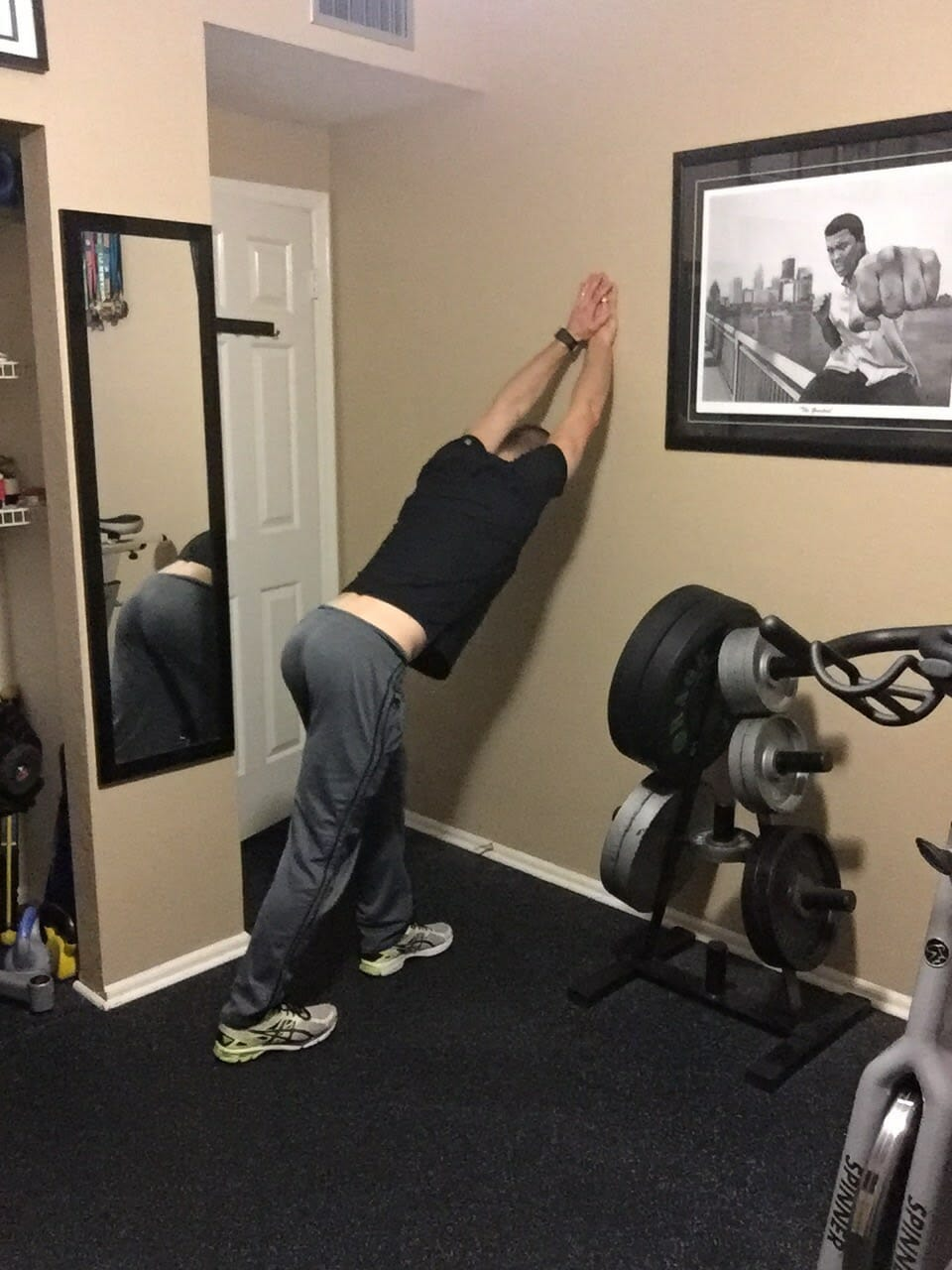 Wall Lat Stretch